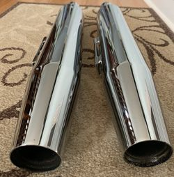 Harley Davidson Stock OEM Dyna Mufflers 1584cc 2008 for Sale in Chicago,  IL