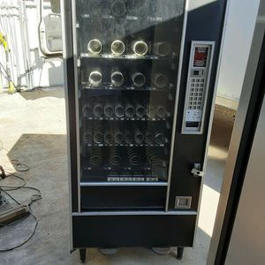 Snack vending machine Sale or Trade for Sale in Hollywood, FL