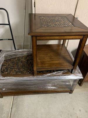 Coffee table and end table for Sale in Scottsdale, AZ
