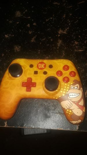 Donkey Kong Nintendo Switch Pro Controller for Sale in Columbus, OH