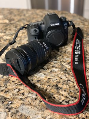 Canon EOS 6D Mark II for Sale in Austin, TX