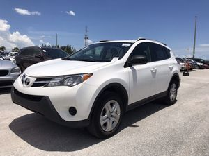 2015 Toyota rav 4, clean title 43k miles for Sale in Hollywood, FL