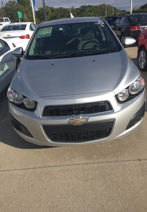 2014 Chevy sonic for Sale in Akron, OH