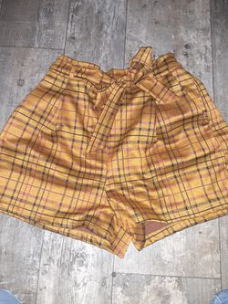 Medium Sized Skirts N Shorts for Sale in Prineville,  OR