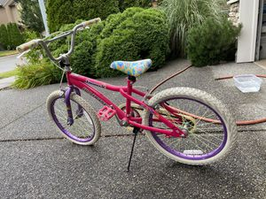 20 Inches Girl Bike for Sale in Bothell, WA