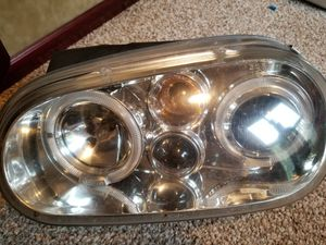 Golf 2003 to 2005 Headlights set for Sale in Greenville, MI