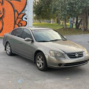 2004 Nissan Altima for Sale in Miami, FL