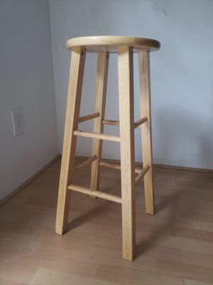 "Backless pine colored wood 29"" Bar Stool for Sale in Atlanta, GA"
