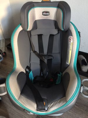 Chico zip fit Convertible car seat. for Sale in Tacoma, WA