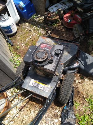 Was a good mower engine needs to be replaced for Sale in Mableton, GA