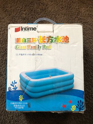 Giant family pool for Sale in March Air Reserve Base, CA