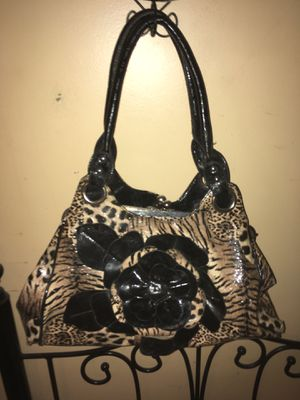 Gorgeous leopard print bag with black flower for Sale in Charleston, WV