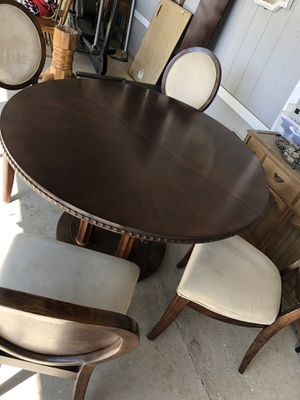 Dining table with 4 chairs for Sale in Menifee, CA