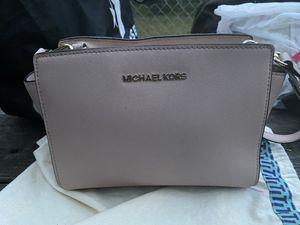 Michael Kors purse for Sale in Kalkaska, MI