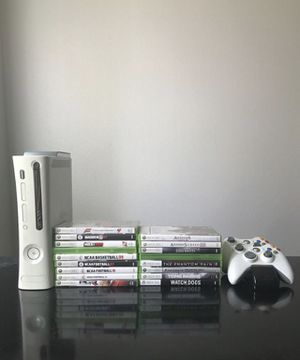 Xbox 360 Bundle for Sale in Stevenson Ranch, CA