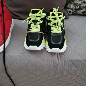 Steve Madden Shoe for Sale in Nuevo, CA