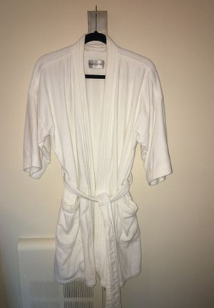 Bloomingdales white terry robe-One size fits all for Sale in San Mateo, CA