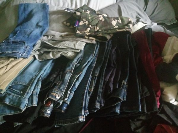 22 pairs of jeans size8 for lil boy