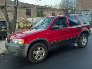 2002 Ford escape xlt 4x4 automatic transmission and engine good clean title running great for Sale in The Bronx, NY