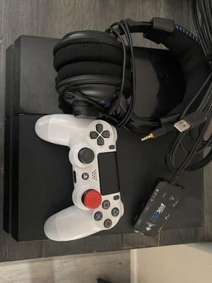 PS4 original 1TB for Sale in Riverbank, CA