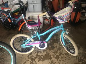 Girls Schwinn bike for Sale in Gaithersburg, MD