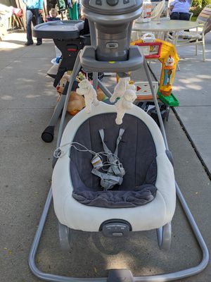 Graco DuetSoothe Baby Swing and Rocker for Sale in Woodhaven, MI