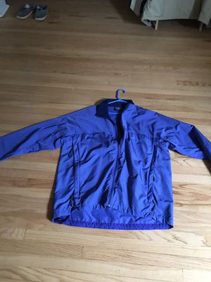 Patagonia windbreaker XL for Sale in St. Louis, MO