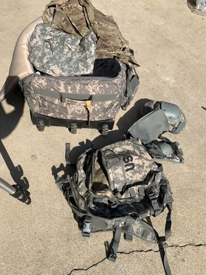 XL Roller Duffle Bag, Assault Pack, ACU/Multicam Uniforms, for Sale in La Mirada, CA