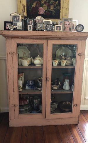 Antique kitchen cabinet. 4 Sr tall by 3.4' by 1.4' for Sale in Culver City, CA