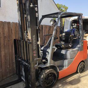 Toyota Forklift 8fgcu30 for Sale in Los Angeles, CA