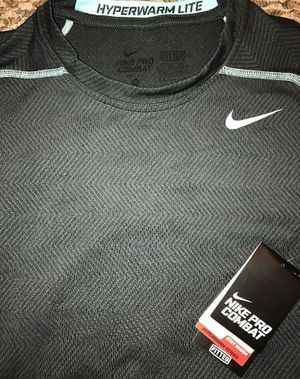 Nike Pro Combat shirt for Sale in Fort Sill, OK