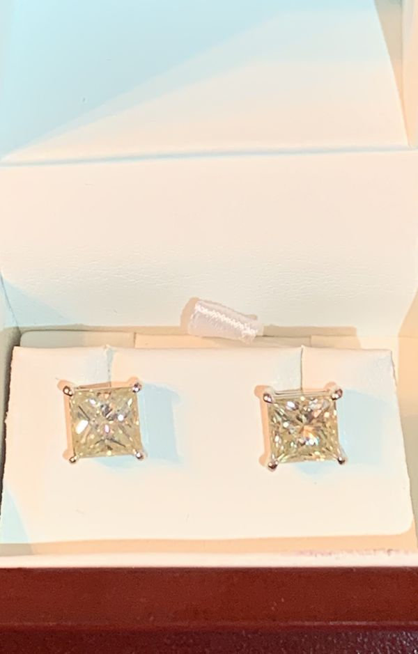 (4th of July deals) Beautiful Princess Cut Moissonite Earrings (14k White Gold)