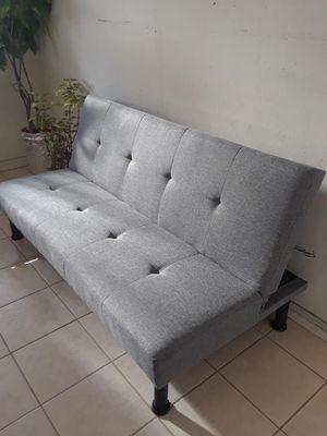 Sofa cama chico disponible for Sale in Los Angeles, CA
