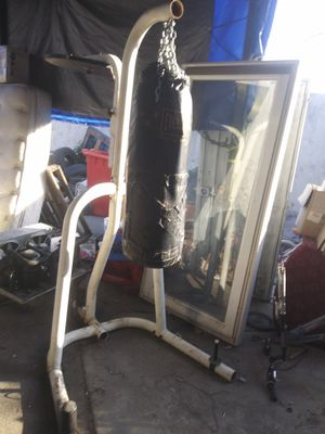 Golds gym Punshing bag and speed bag Stand for Sale in Los Angeles, CA