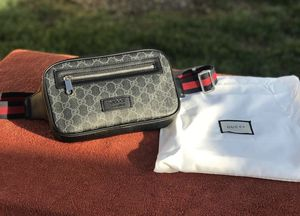 Gucci Fanny pack Gucci chest bag for Sale in Los Angeles, CA