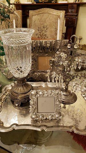 Beautiful vintage Godinger silverplate lamp in an exquisite arrangement for Sale in Boynton Beach, FL