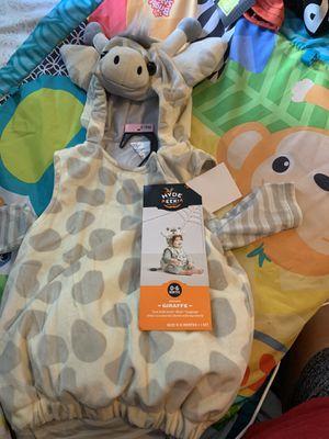 Baby giraffe costume for Sale in Houston, TX
