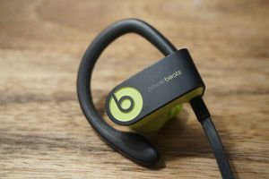 Powerbeats Wireless Headphones for Sale in Bloomfield, NJ