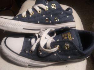 Size 6 Women's Converse *Like New-Extra Cushiony* for Sale in Austin, TX