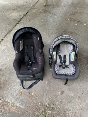 2 free car seats for Sale in Portland, OR