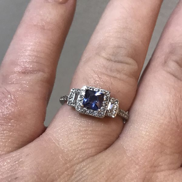 Gorgeous Tanzanite engagement ring