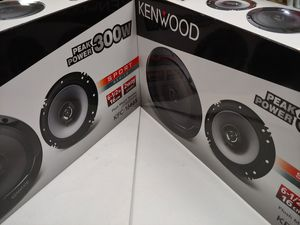 Car speakers : ( total 2 pairs ) Kenwood 6.5 inch 2 way 300 watts car speakers new for Sale in Bell Gardens, CA