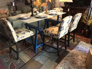 Farmhouse-Shabby chic pub style kitchen table set😍No Holds-Serious buyers only🙂USED for staging ONLY for Sale in Garner, NC