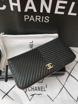 Chanel Zippy Wallet Caviar Leather Chevron (Clutch, Organizer, Bag, Purse) for Sale in San Jose, CA