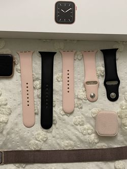 Apple Watch Series 5 (sprint/t Mobile ) for Sale in West Covina,  CA