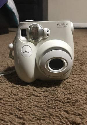 Fujifilm Instax Mini Camera for Sale in Cumming, GA