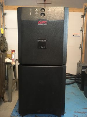 APC Smart 2200 UPS for Sale in Acushnet, MA