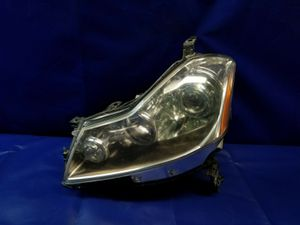 2008 INFINITI M35 M45 LEFT DRIVER SIDE HALOGEN HEADLIGHT HEADLAMP for Sale in Fort Lauderdale, FL