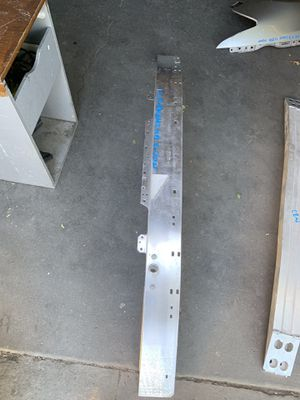 2016- 2018 Mercedes Benz e300 e350 e500 front bumper reinforcement for Sale in San Bernardino, CA