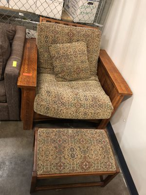 Futon Chair with Ottoman for Sale in Richmond, CA